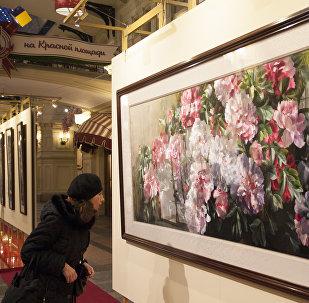 「中國新100」攝影展在莫斯科古姆商場盛大亮相