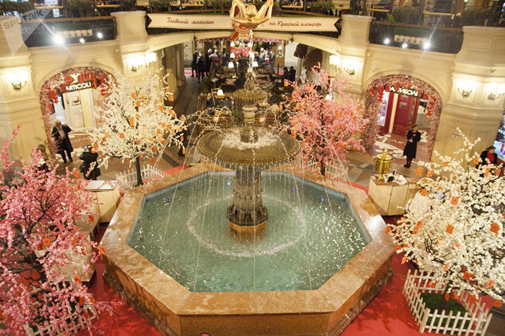 屆時所有在「古姆」商場購物的外國遊客將享受8%折扣優惠。