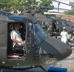 Bell 412型直升机