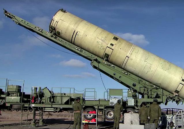 空天部队在哈萨克斯坦萨雷沙甘靶场进行了俄罗斯升级版反导系统的试射