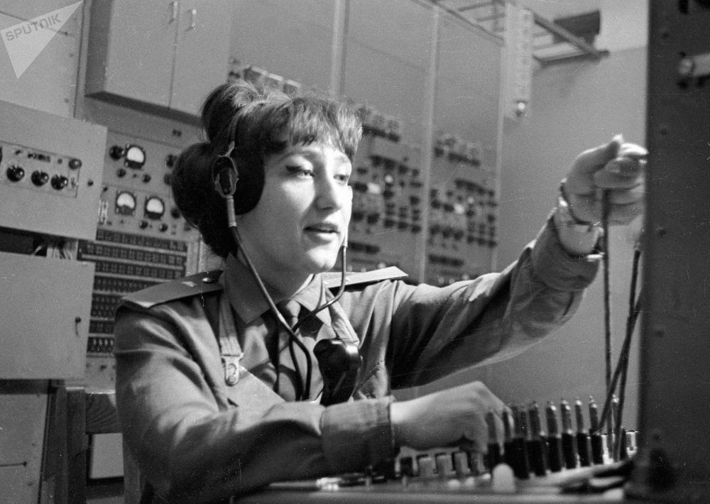 短波廣播常被稱為「危機廣播」,因為當沒電、沒網、沒電話的時候,這是最有效的信息傳輸方式。