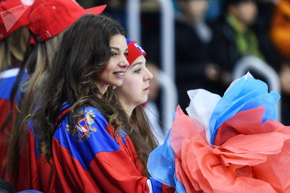 冬奧會上的俄羅斯美女啦啦隊
