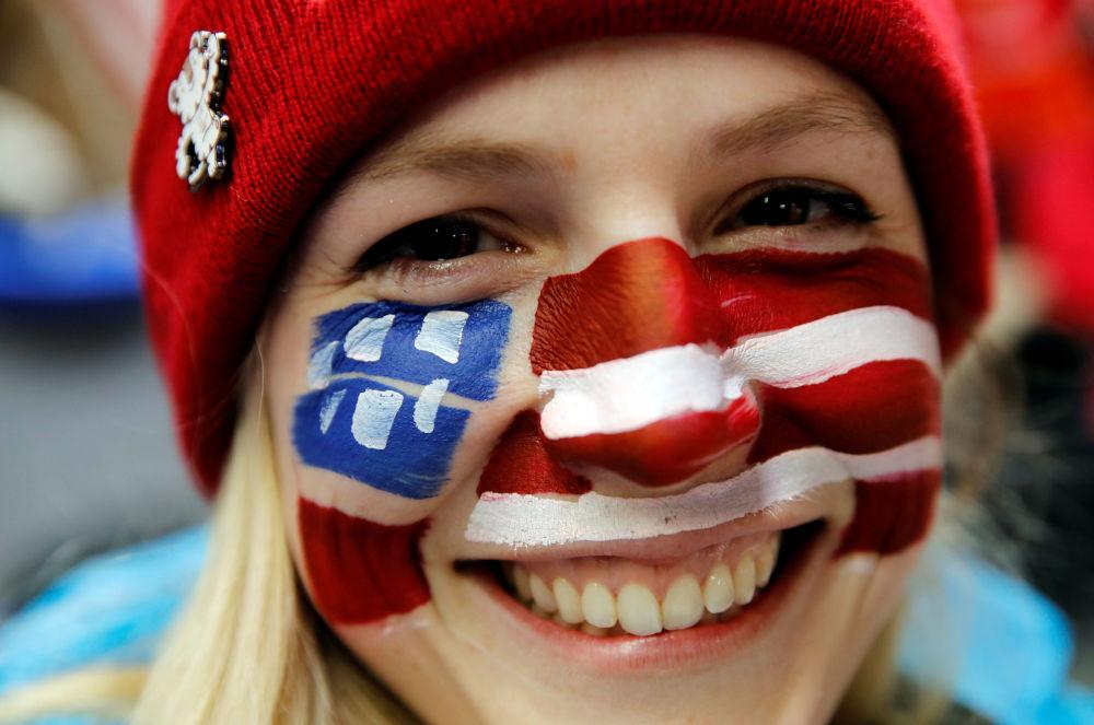 冬奧會上的美國美女啦啦隊員
