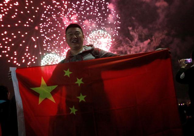春节期间中国零售和餐饮企业实现销售额超9000亿元