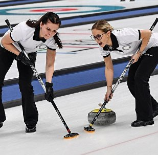 俄罗斯女子冰壶队失利 输给日本队