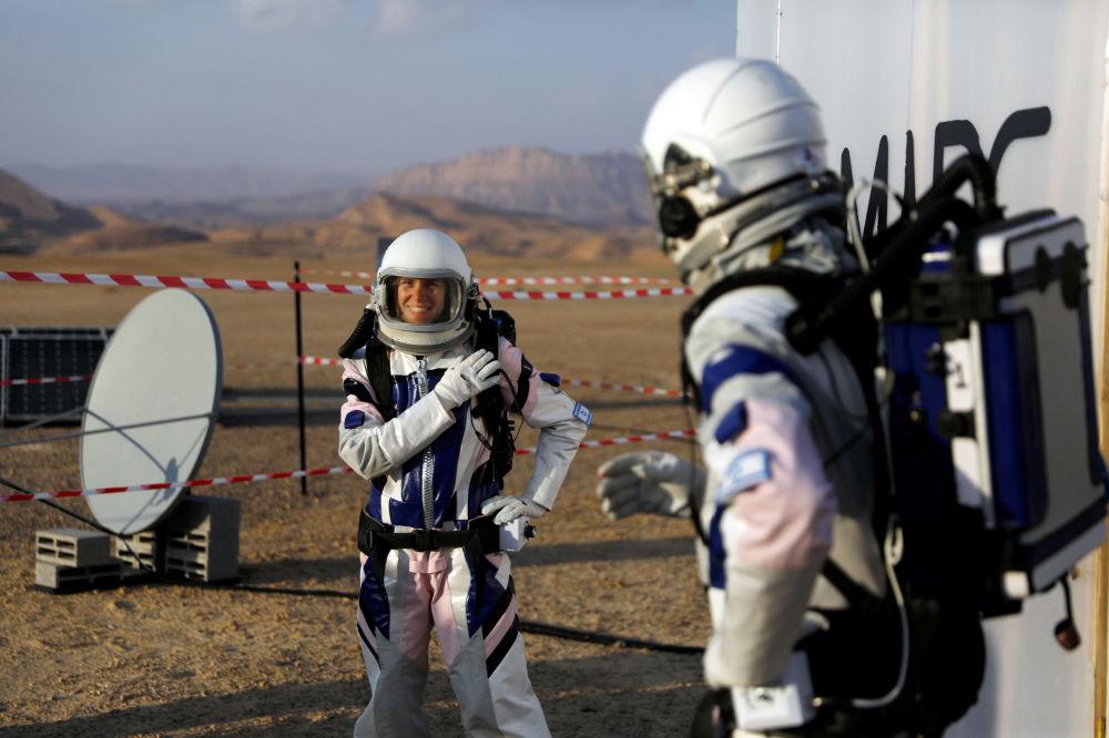 主辦方解釋說,之所以選擇在荒漠多山的以色列南部開展本次試驗,是因為這裡的條件在地區地質、乾旱、遠離文明等方面與火星有很多類似之處。