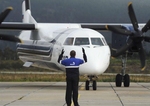 庞巴迪(Bombardier)Q400涡轮螺旋桨飞机