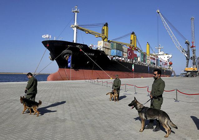 媒体:伊朗与中国的合作将令恰巴哈尔港成为地区顶尖贸易枢纽