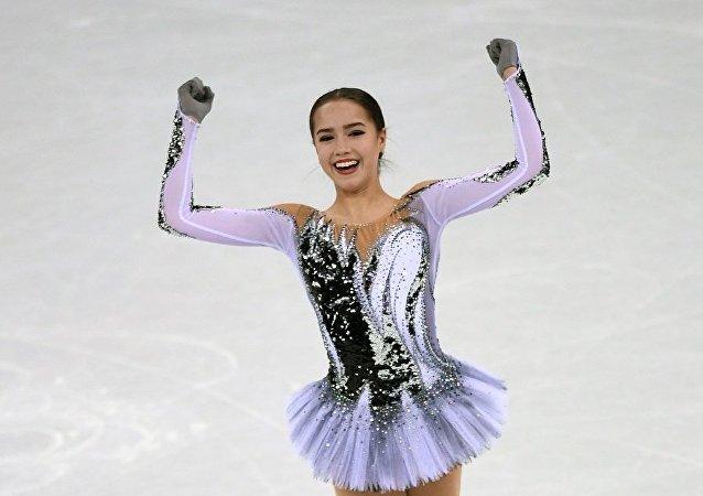冬奥花滑女子短节目俄选手扎吉托娃居首