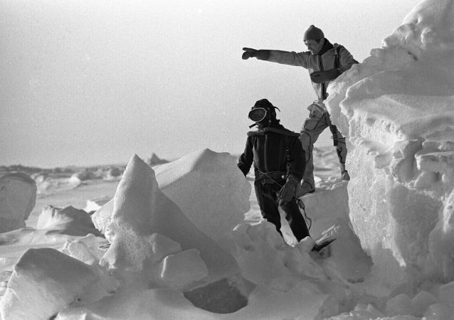 北極漂流站的前身後事