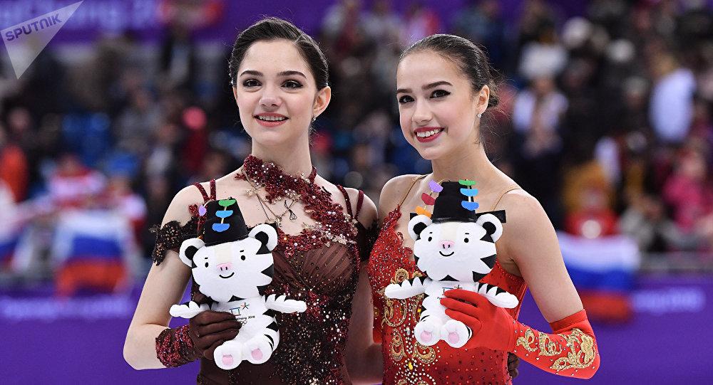 普京祝贺扎吉托娃和梅德韦杰娃冬奥赛场摘金夺银