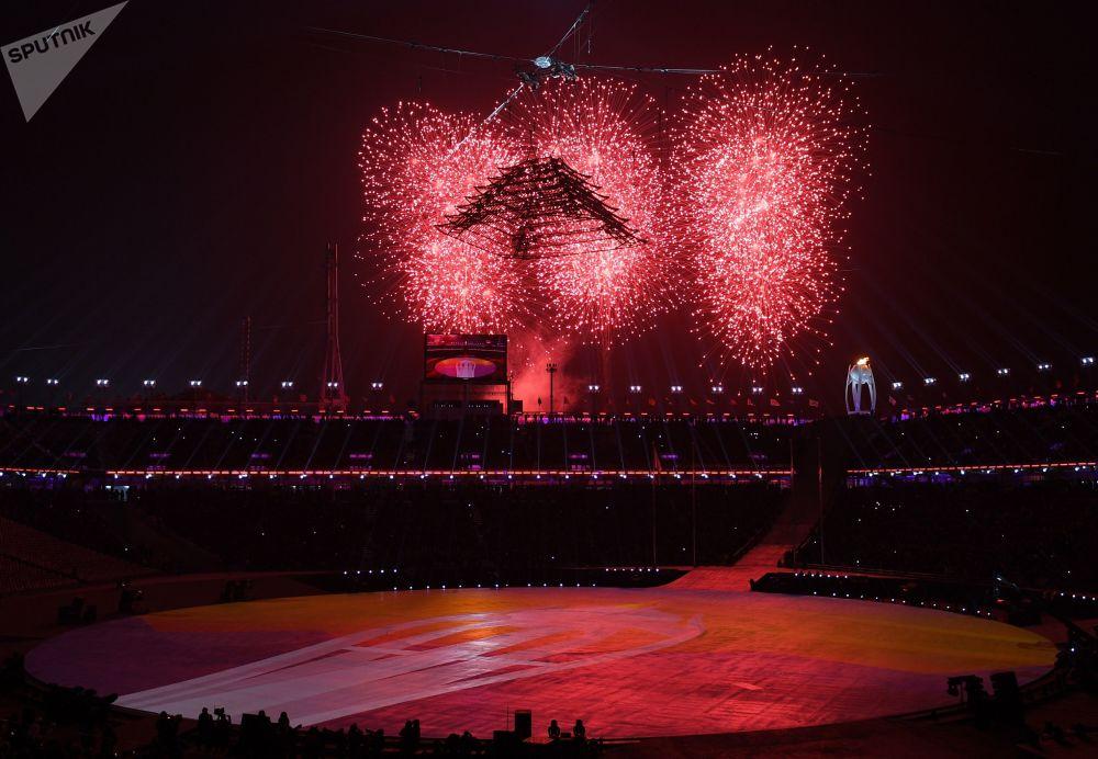 奥林匹克体育场上空的烟花