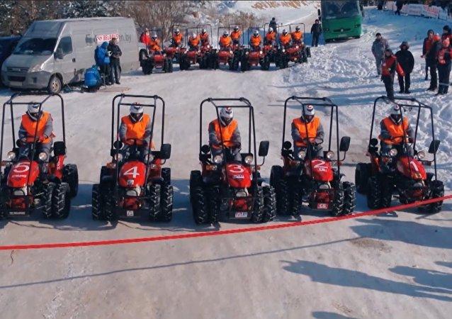 世界首次拖拉机冬季两项比赛