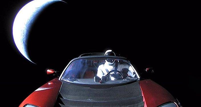 马斯克的特斯拉超跑可能会破坏火星生命