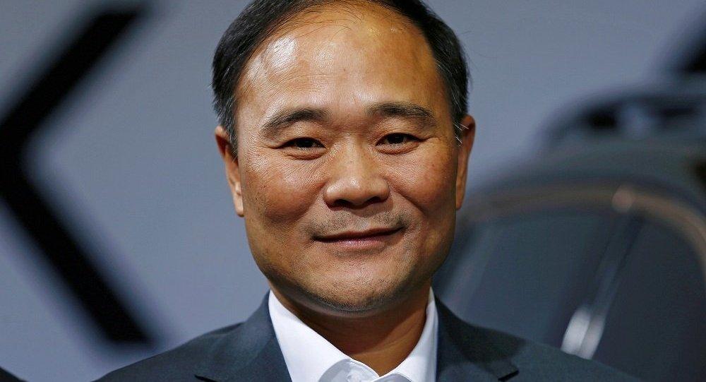 吉利集团创始人和主要持股者李书福