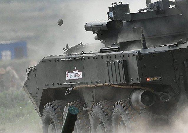 """""""回旋镖""""轮式装甲车"""