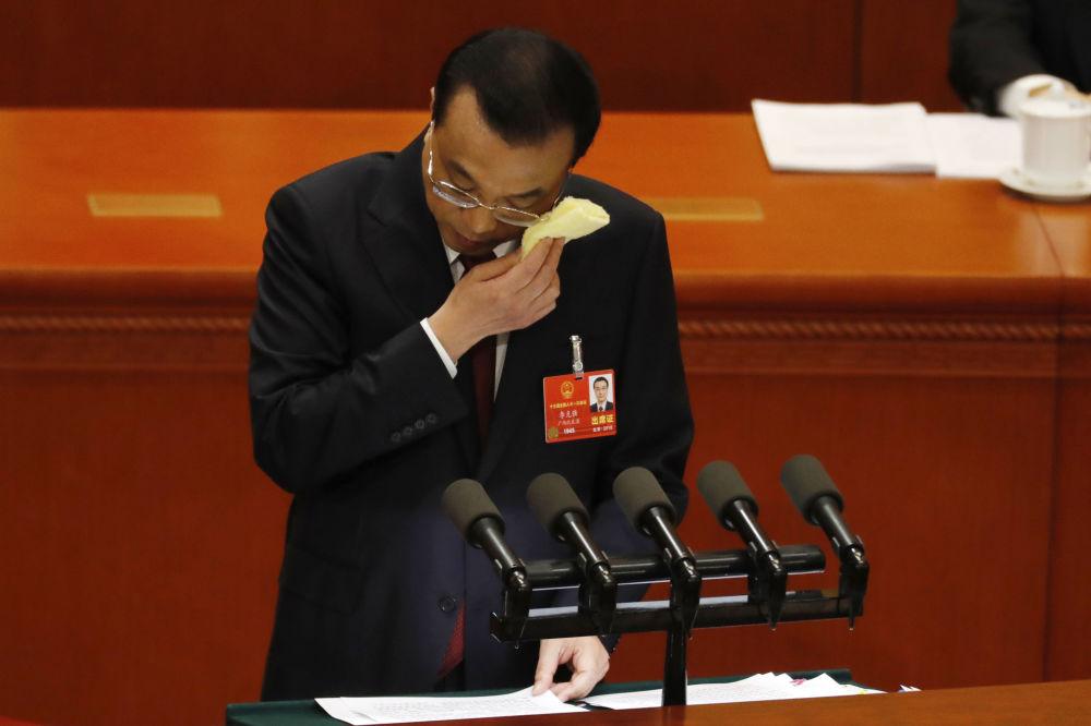 中國國務院總理李克強在十三屆全國人大一次會議上發言