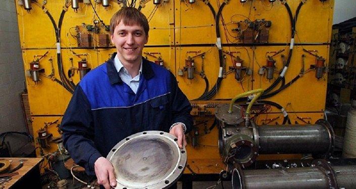 托木斯克製造出一種可以吸收隱形裝備輻射的粉末