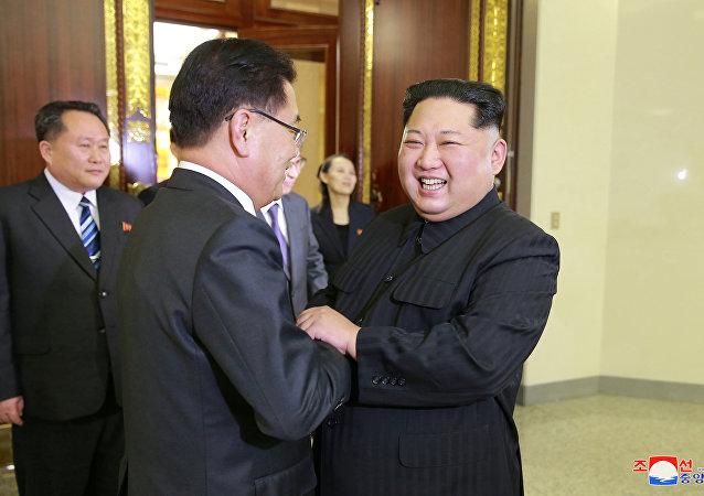 韩联社:韩朝商定4月底在板门店举行首脑会谈