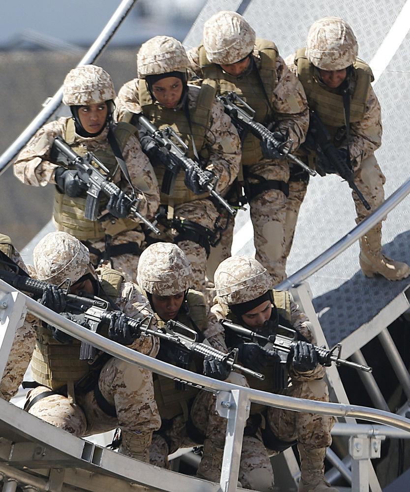 阿聯酋女兵