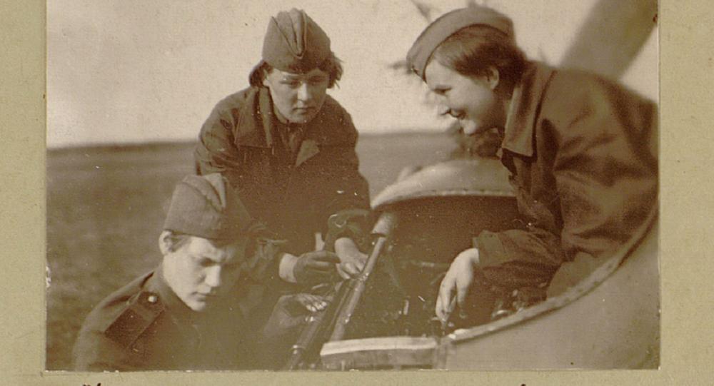 俄国防部公布战时档案文件 颂扬女性功勋