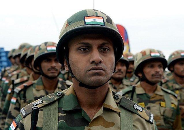 """印度开始大规模海军演习""""米兰2018"""""""