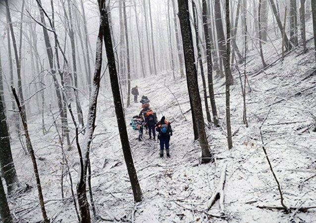 消息人士:俄边防部门直升机在车臣坠毁时气候条件恶劣 机上仅1人生还