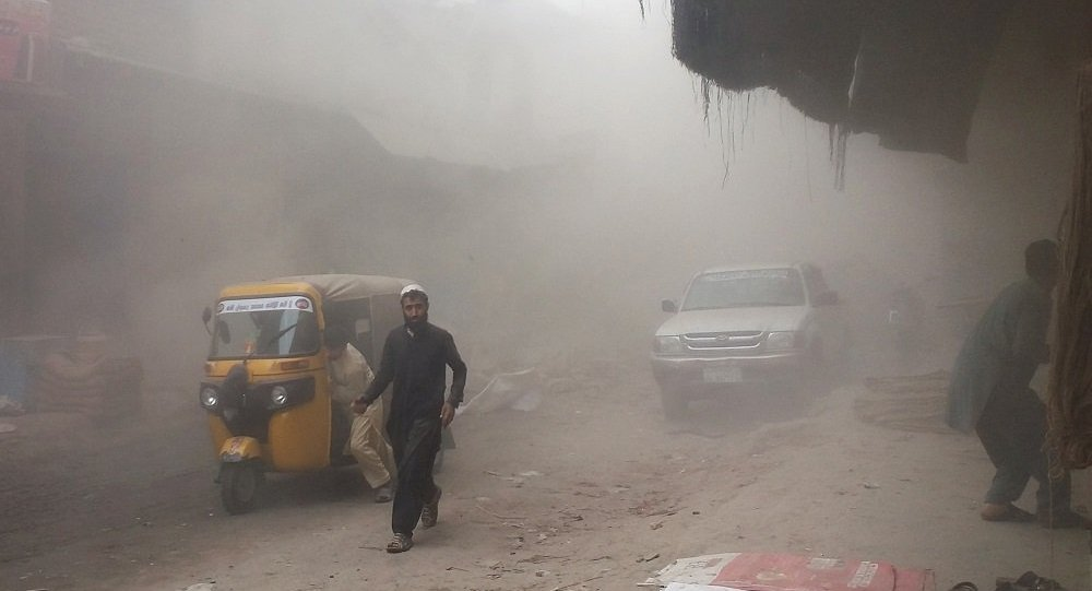 阿富汗南部交通事故致近20人丧生