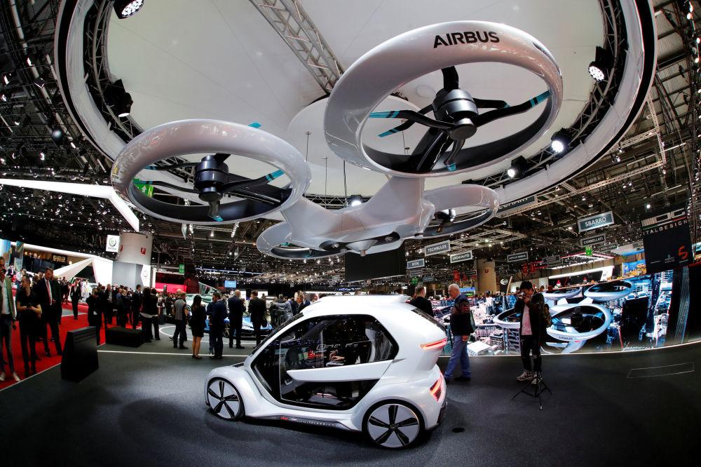 奥迪、空客和意大利乔治亚罗设计公司的pop.up next概念车