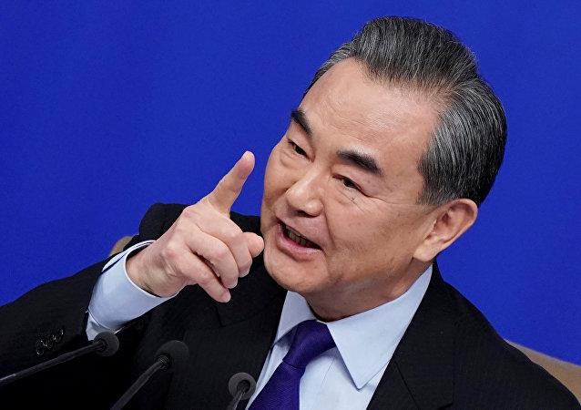 王毅:中菲关系实现由转圜巩固到提升的跨越式发展