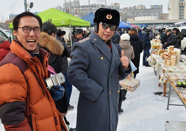 中国游客在符拉迪沃斯托克