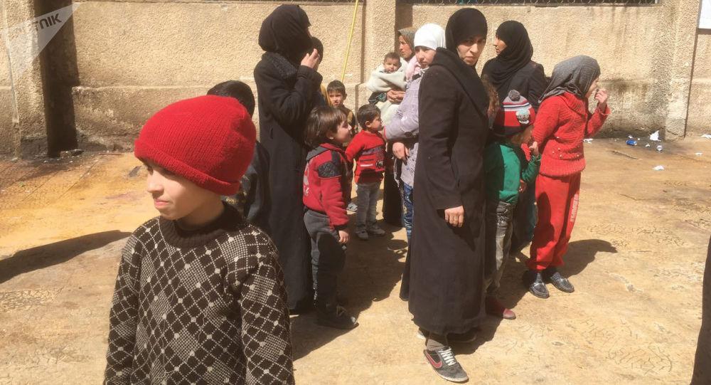 俄驻叙冲突各方调解中心:约50名平民14日离开叙东古塔地区