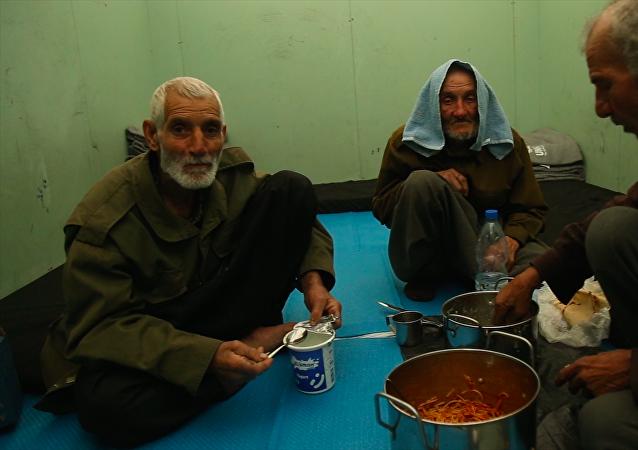 古塔区难民