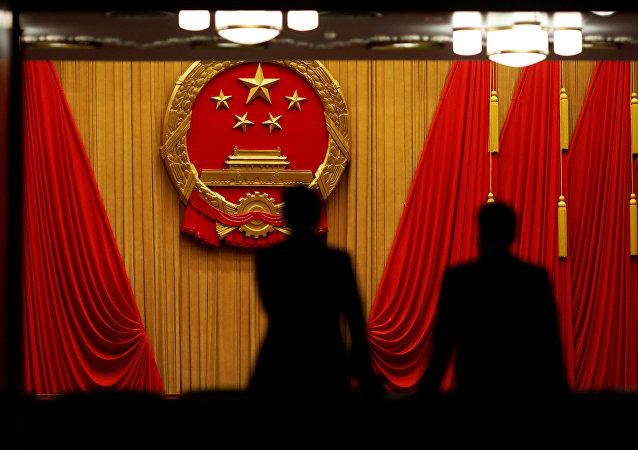人大新闻发言人:十三届全国人大二次会议会期为10天半
