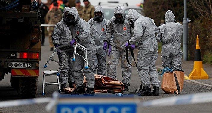 """俄研制人员:全球任何化学实验室都可以制造出毒剂""""诺维乔克"""""""