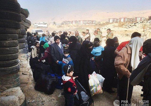 俄驻叙调解中心:近1.1万人15日撤离叙东古塔