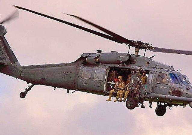 HH-60型直升機