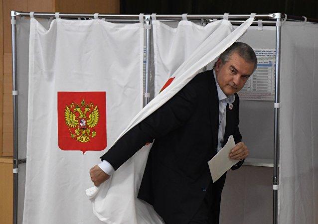 克里米亚领导人把俄总统选举与2014年全民公投相提并论