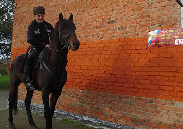 Житель Адыгеи проголосовал на коне