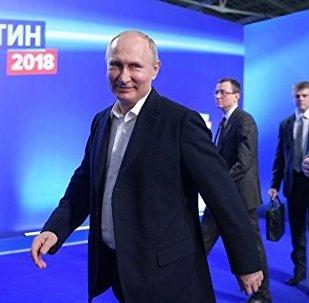 塔吉克斯坦总统祝贺普京赢得总统大选