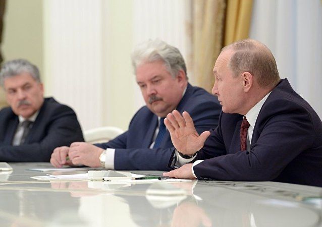 普京呼吁其竞选对手为国家福祉联合起来