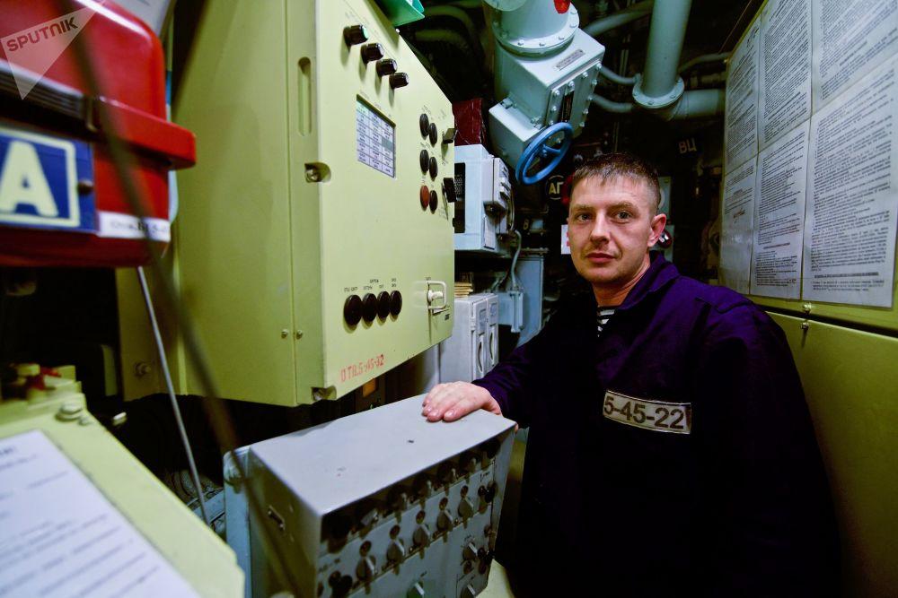 """""""诺沃罗西斯克""""号是已建造的6艘636.3级潜艇中最早建成的一艘,2014年6月下水,以新罗西斯克为母港。"""