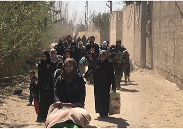 叙东古塔地区过去24小时又有1100多名武装分子及其家人撤出
