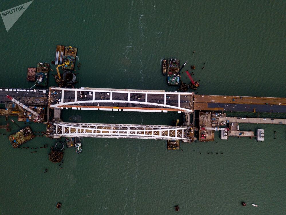 在建的部分克里米亞大橋