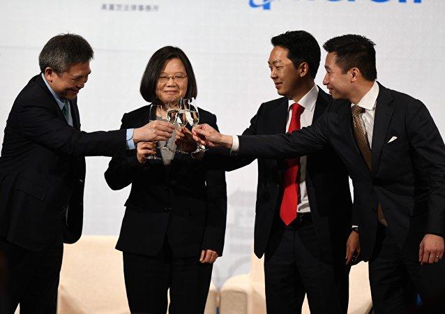 中国就台湾问题在警告谁?