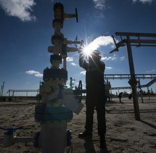 俄能源部長 :2018年石油價格在每桶65-75美元範圍內