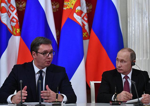 俄罗斯总统普京与塞尔维亚总统武契奇
