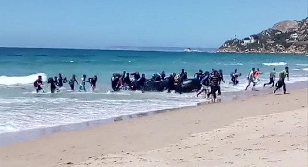 载着600多名难民的三艘救援船17日将抵达瓦伦西亚港