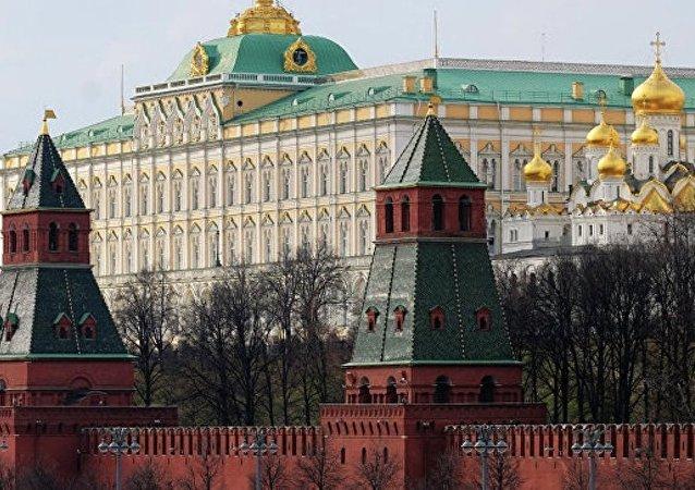 评论美国暂停对俄新制裁为时尚早