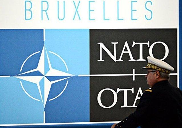 俄外长:北约扩张无法解决迫切问题